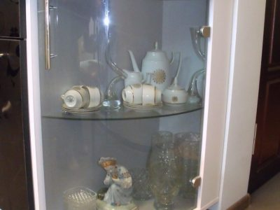 Кухонные фасады из гнутого стекла