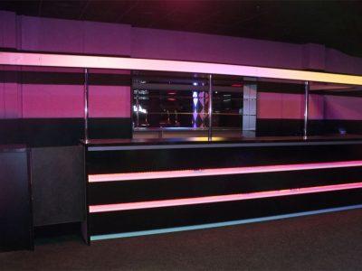 Клубная барная стойка с подсветкой