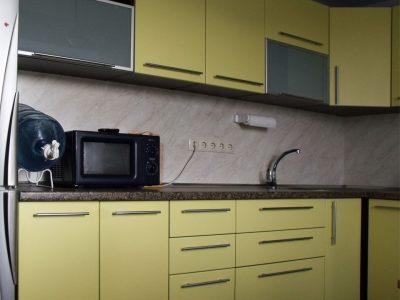 Кухня с фасадами из пленочного МДФ