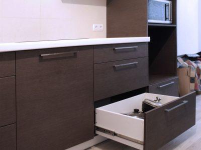 Кухонный ящик полного выдвижения