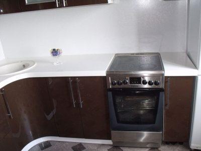 Кухонная столешница из белого камня Акрилика