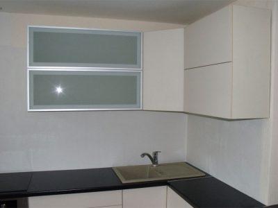 Стеклянные кухонные фасады лакомат