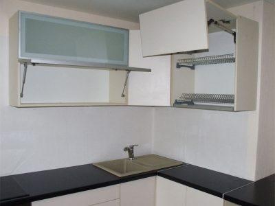 Кухонные ящики с подъемными механизмами