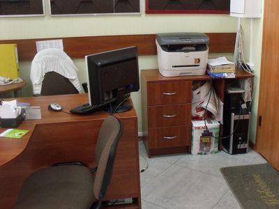 Стол и тумба для офиса