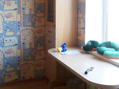 Рабочая зона в детской комнате