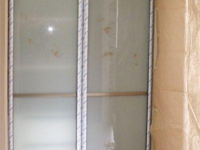 Распашной шкаф, двери стекло лакомат