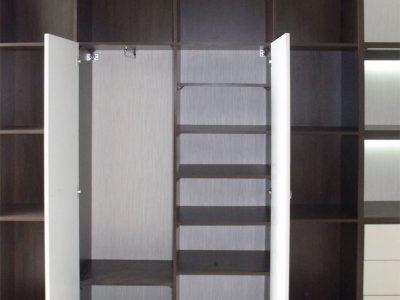 Стенка для гостиной со шкафом и полками
