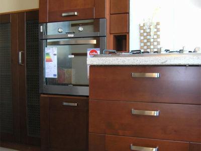 Кухонный шкаф-пенал из массива