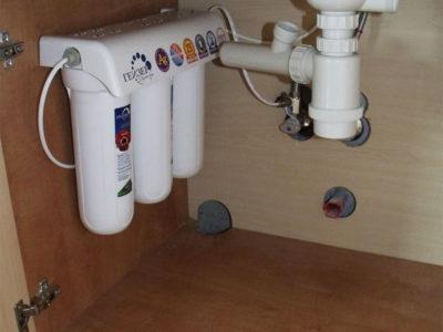 Фильтр для очистки воды под мойкой