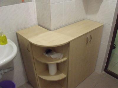 Тумба для ванной с закругленными полками