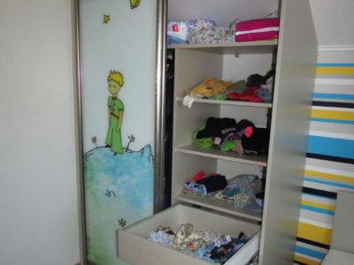 Детский шкаф-купе внутри