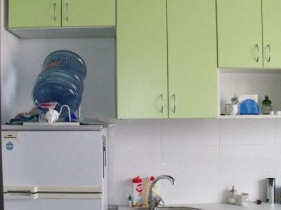 Маленькая офисная кухня